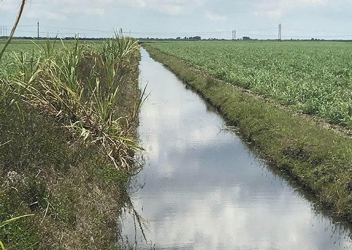 เกษตรชลประทานปั๊ม-ขุด