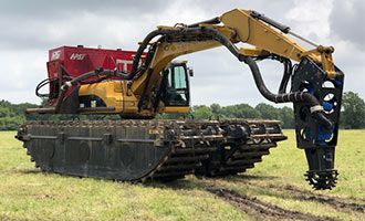 How Amphibious Excavators Enhance Wetland Dredging