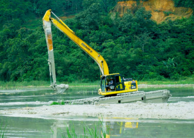 amphibious excavator floating tracks swamp wetland eddy pump